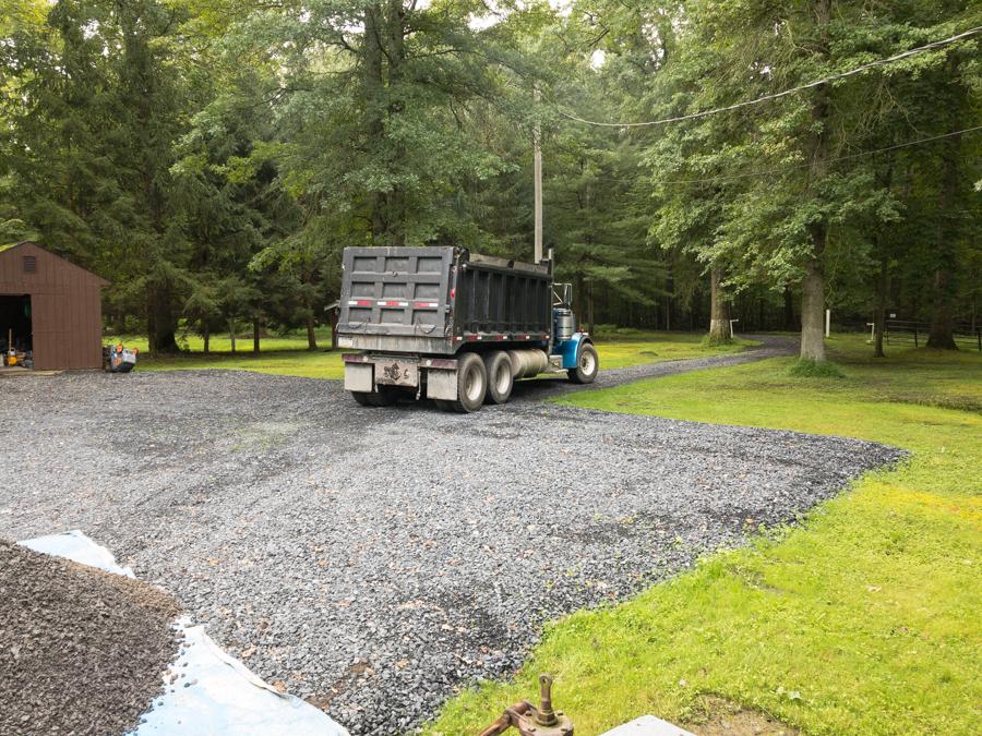 2RC Limestone Delivery