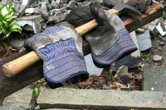 Hammer & Gloves