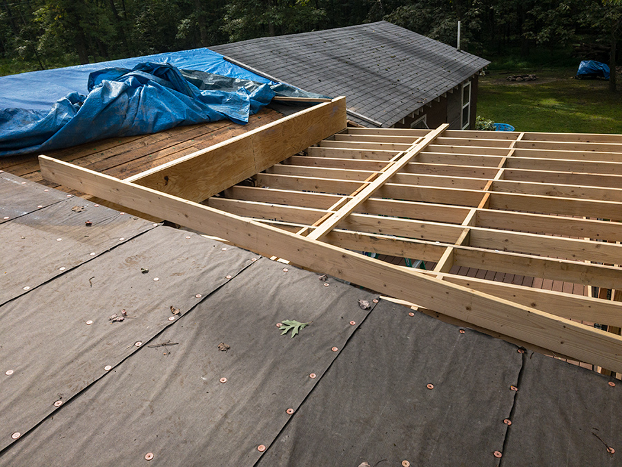 Mid Span Knee Wall - Roof Rafter