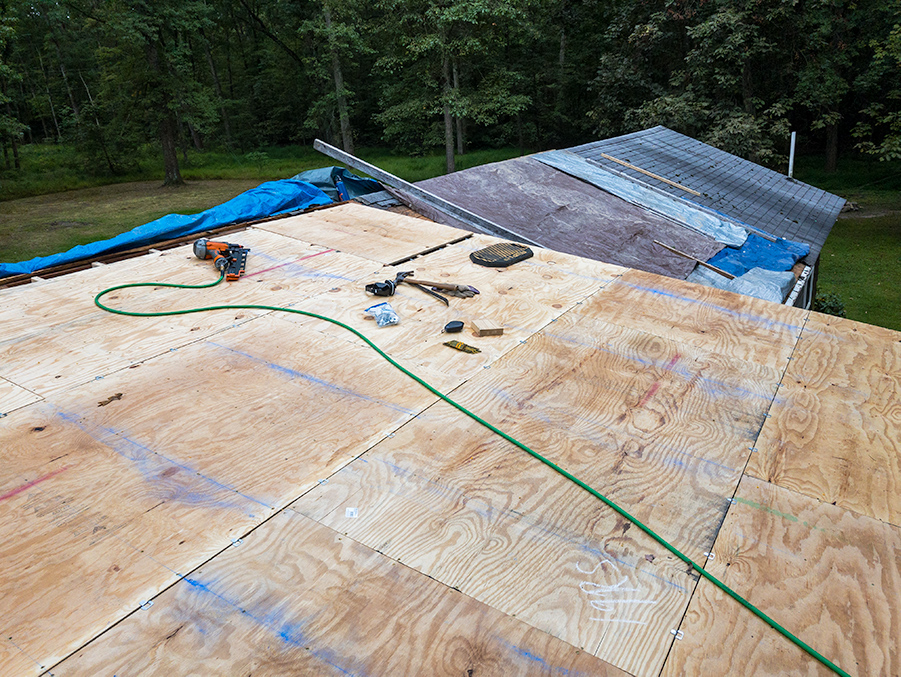 Plywood Roof Deck - Chalk Lines