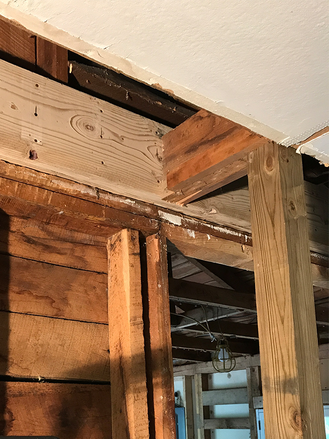 Living Room Ceiling Support Beam